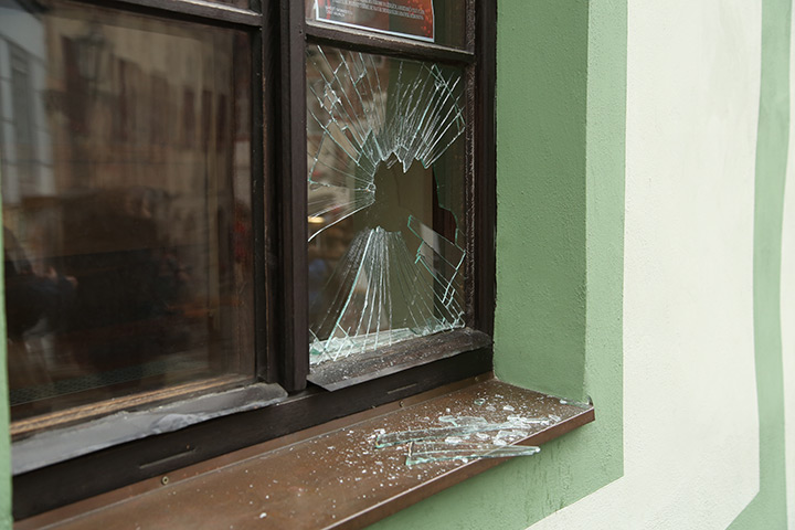 A2B Glass are able to board up broken windows while they are being repaired in Chiswick.